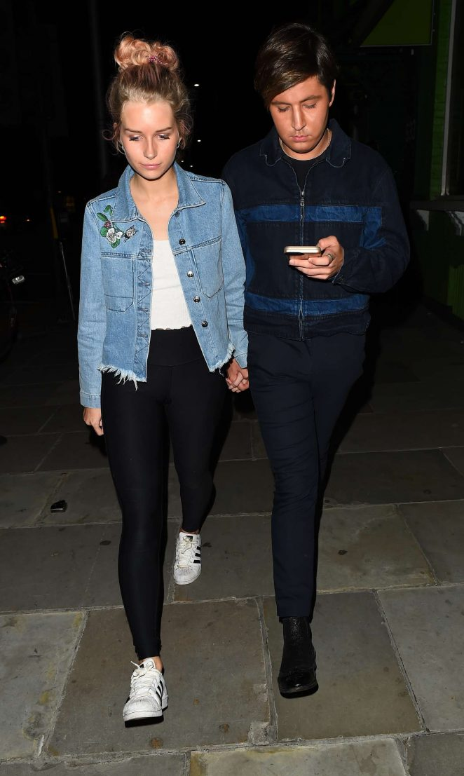 Lottie Moss Leaves Embargo night club -03