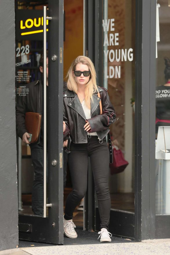 Lottie Moss - Leaving Young LDN on Westbourne Grove in Notting Hill