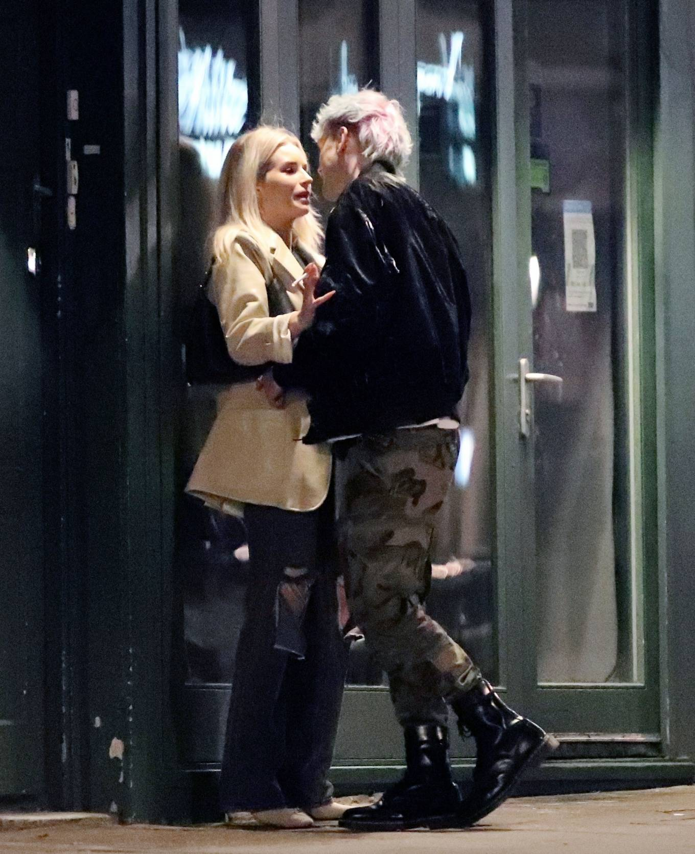Lottie Moss - Seen on the PDA with a mystery man in Notting Hill