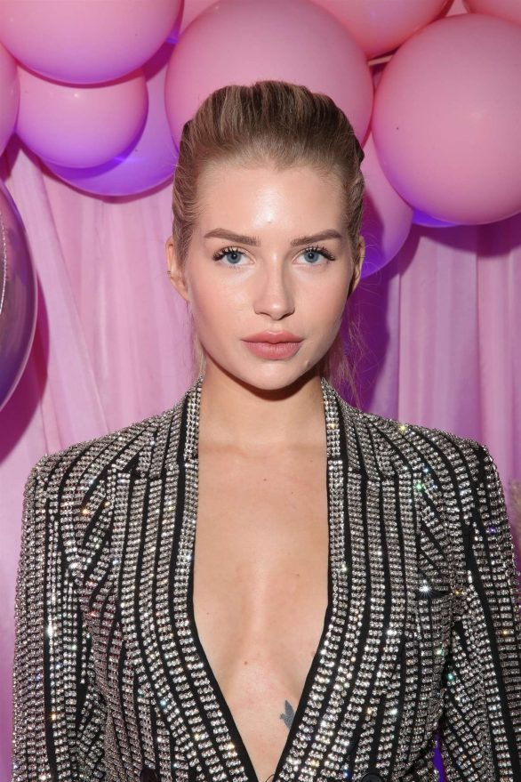 Lottie Moss 2019 : Lottie Moss – VIP launch of Ariana Grandes Thank you Next Fragrance-44