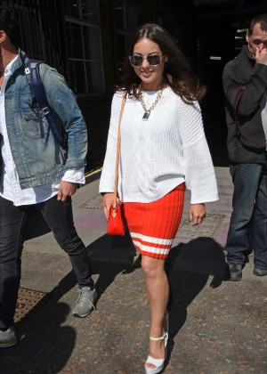 Louise Thompson at The London Studios -04
