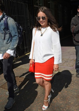 Louise Thompson at The London Studios -05