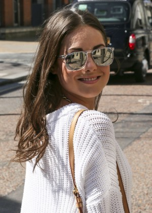 Louise Thompson at The London Studios -13