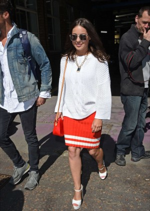 Louise Thompson at The London Studios -14