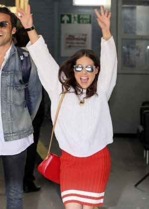 Louise Thompson at The London Studios -19