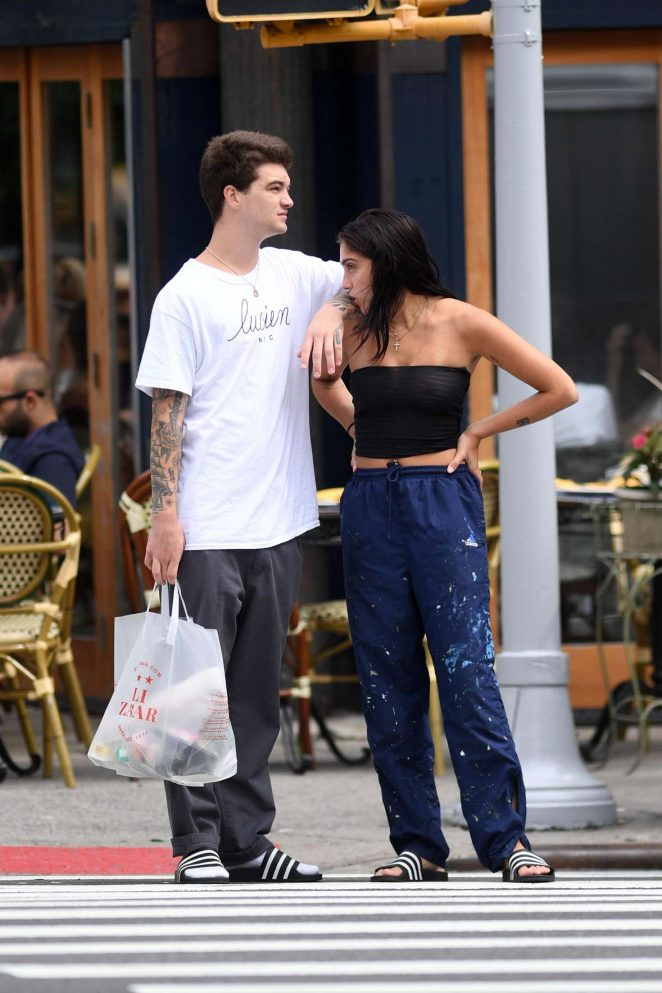 Lourdes Leon Shopping at a supermarket in NYC -40