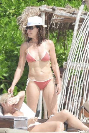 Luann de Lesseps - Hits the beach in Tulum