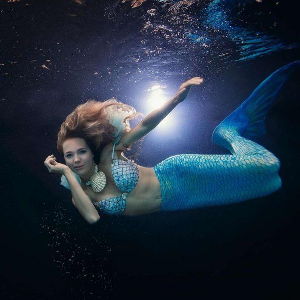 Lucie Vondrackova by Lucie Drlikova Photoshoot for Happy Tails (September 2019)