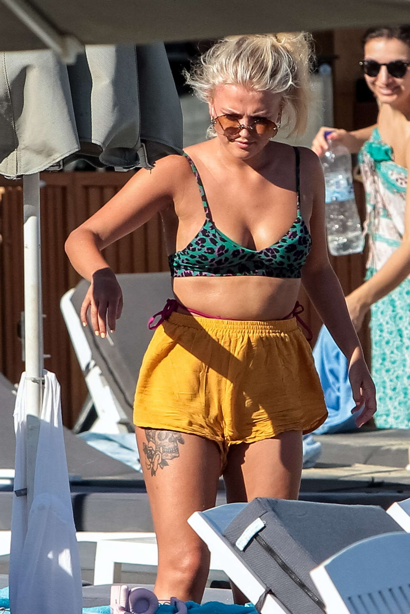 Bikini Lucy Fallon nude (49 photos), Sexy, Paparazzi, Feet, braless 2015