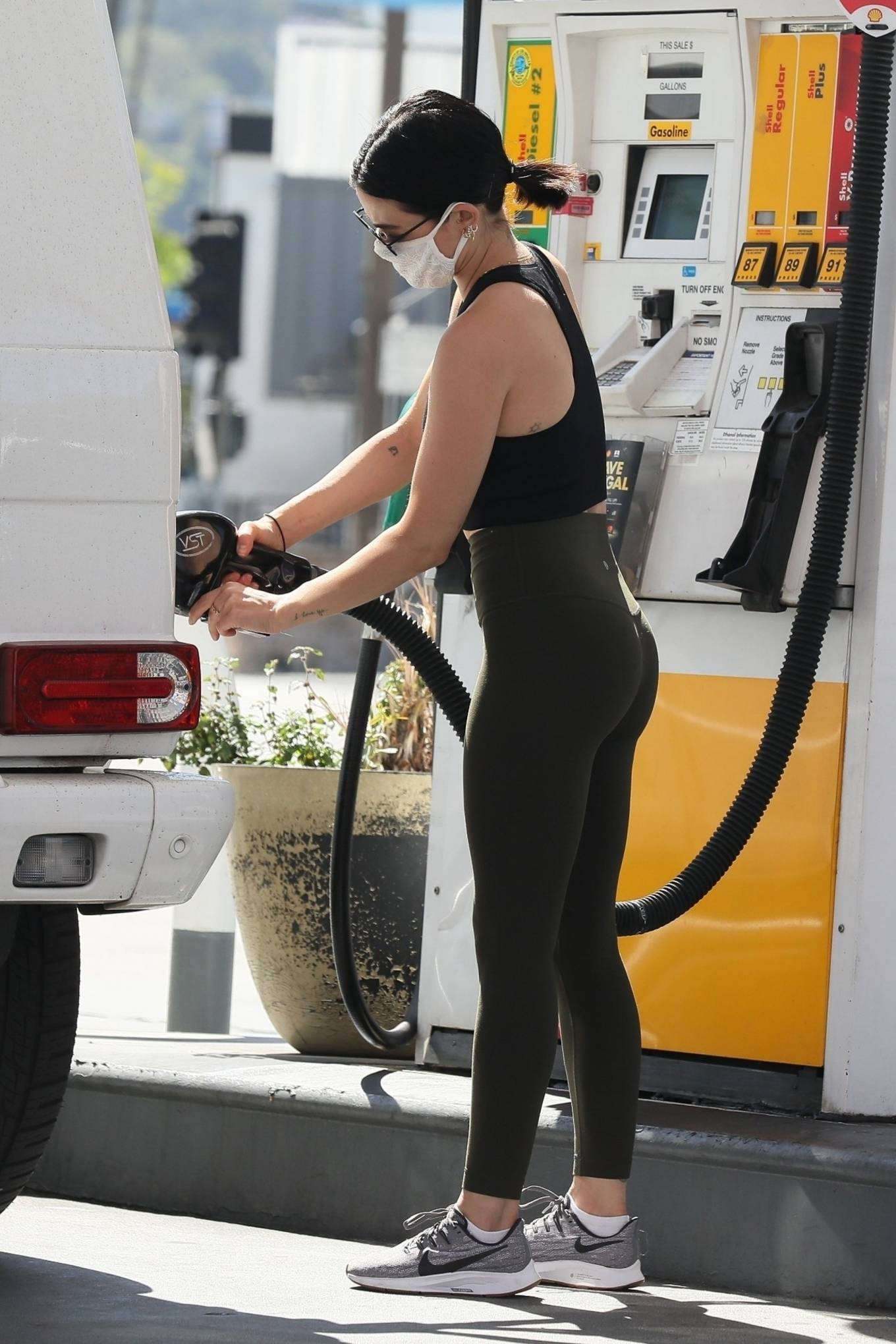 Lucy Hale 2020 : Lucy Hale in Green Tights at a gas station in Studio City-22
