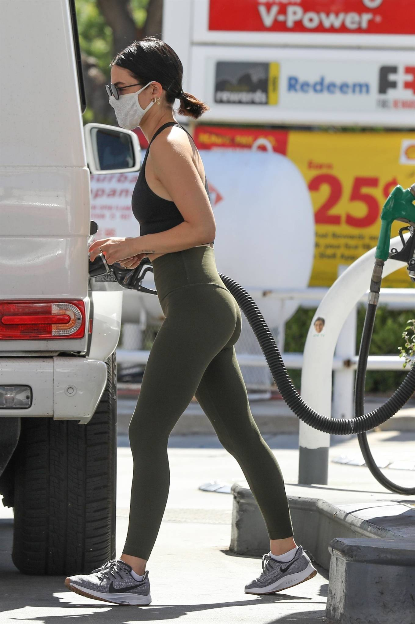 Lucy Hale 2020 : Lucy Hale in Green Tights at a gas station in Studio City-55