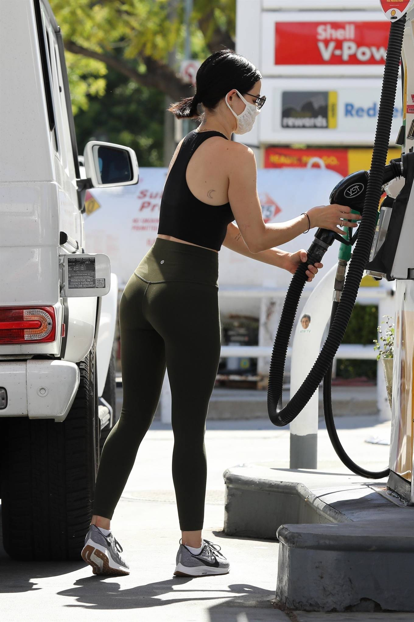 Lucy Hale 2020 : Lucy Hale in Green Tights at a gas station in Studio City-61