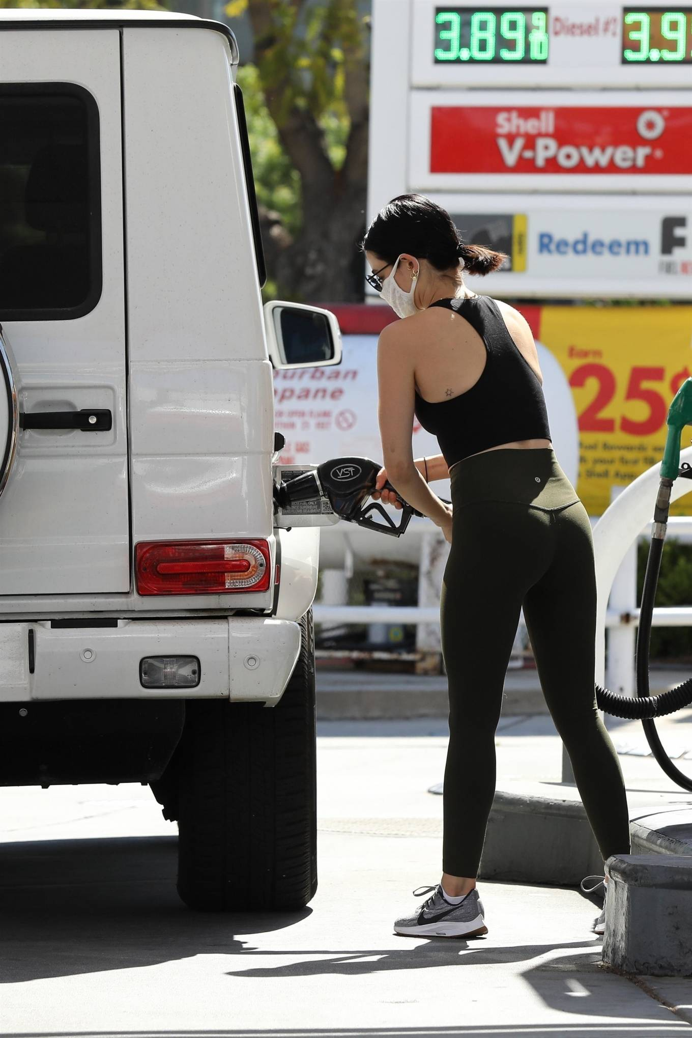 Lucy Hale 2020 : Lucy Hale in Green Tights at a gas station in Studio City-64