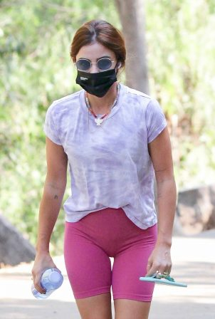Lucy Hale - Out for a daily hike routine in Los Angeles