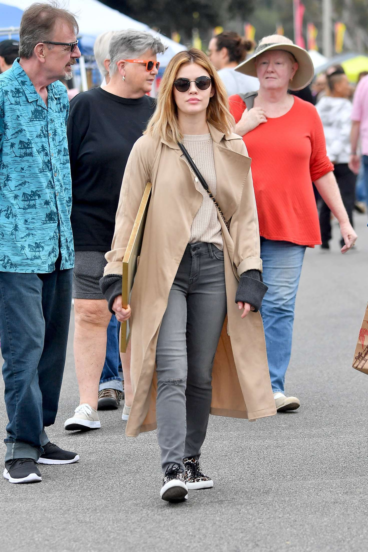 Lucy Hale 2018 : Lucy Hale: Shopping at a Local Flea Market -14