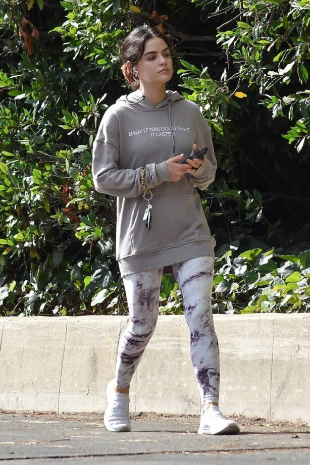 Lucy Hale - Solo hiking session in Studio City