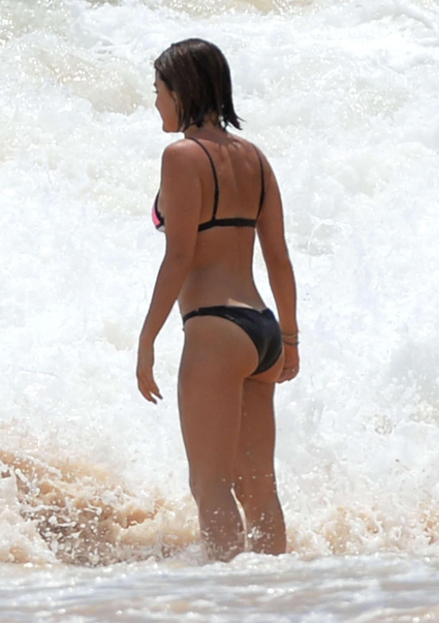 Lucy-Hale-in-Bikini--05.jpg