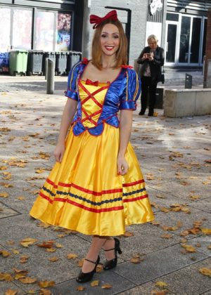Lucy Jo Hudson - The Snow White and the Seven Dwarfs panto photocall at the St Helen's Theatre
