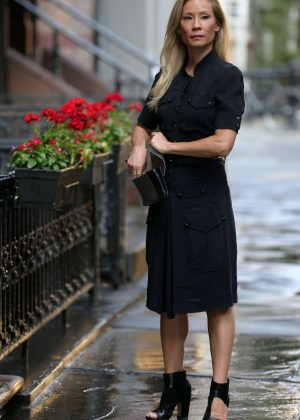 Lucy Liu - Filming 'Elementary' in NYC