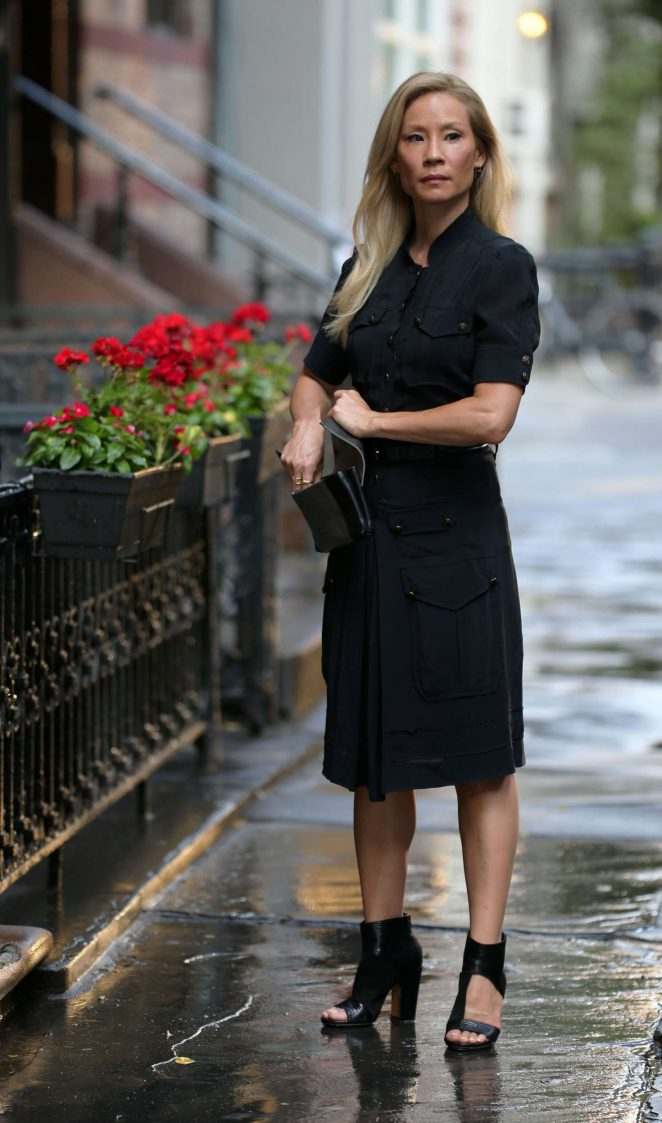 Lucy Liu – Filming 'Elementary' in NYC