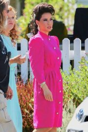 Lucy Liu - On set of 'Why Women Kill' in Los Angeles