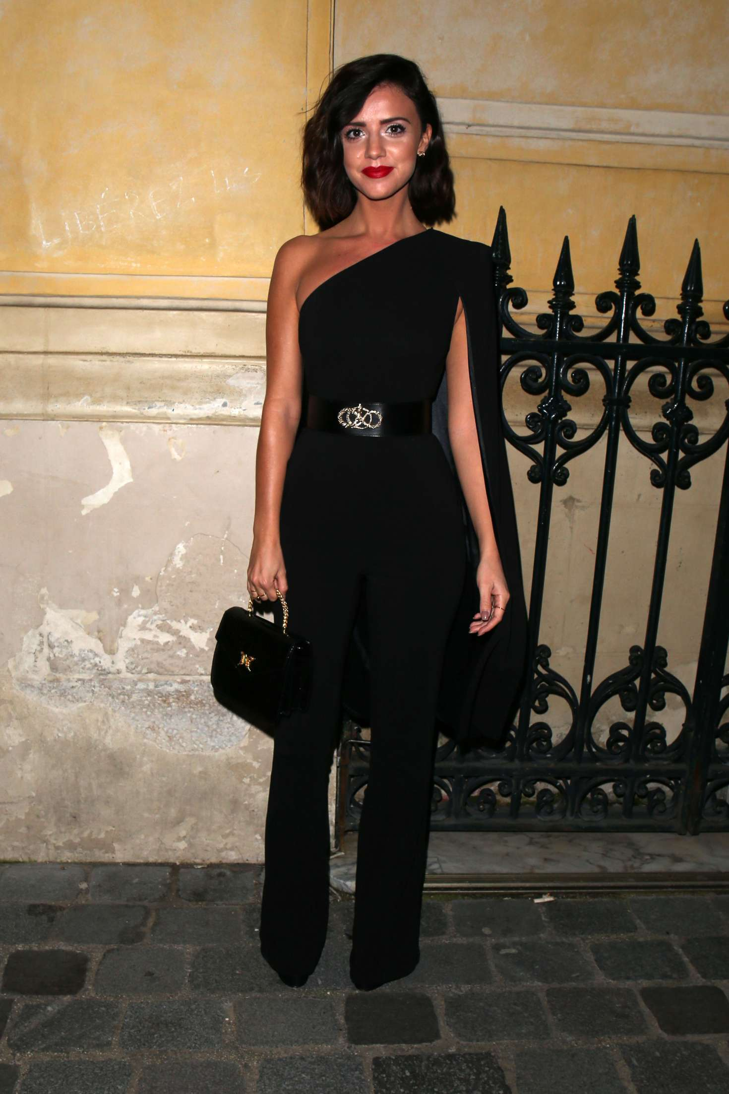 Lucy Mecklenburgh 2018 : Lucy Mecklenburgh: Arriving at Gun Pei Fashion Show 2018 -01