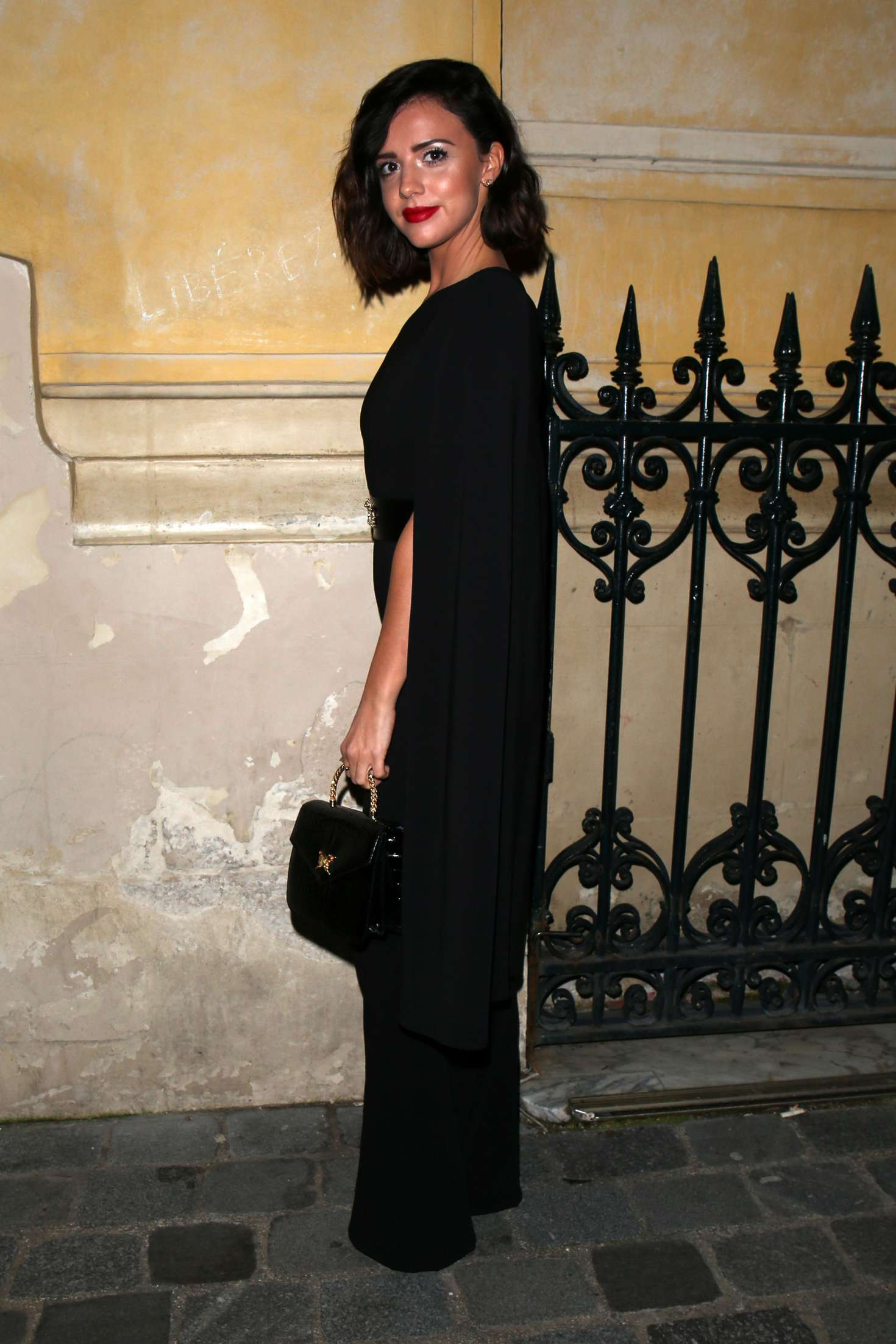 Lucy Mecklenburgh 2018 : Lucy Mecklenburgh: Arriving at Gun Pei Fashion Show 2018 -03