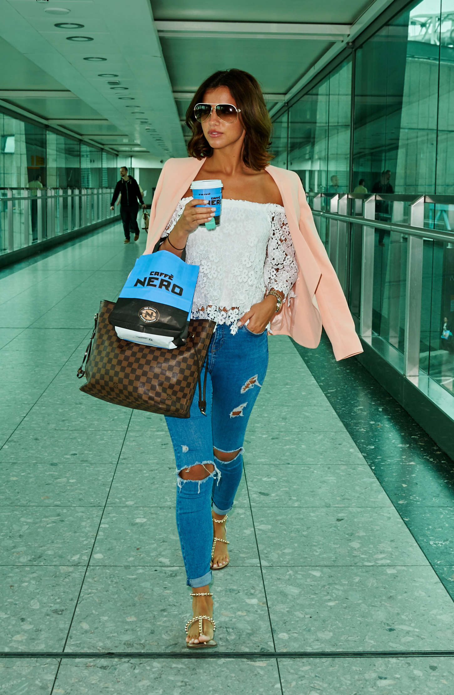 Lucy Mecklenburgh 2015 : Lucy Mecklenburgh at Heathrow Airport -05