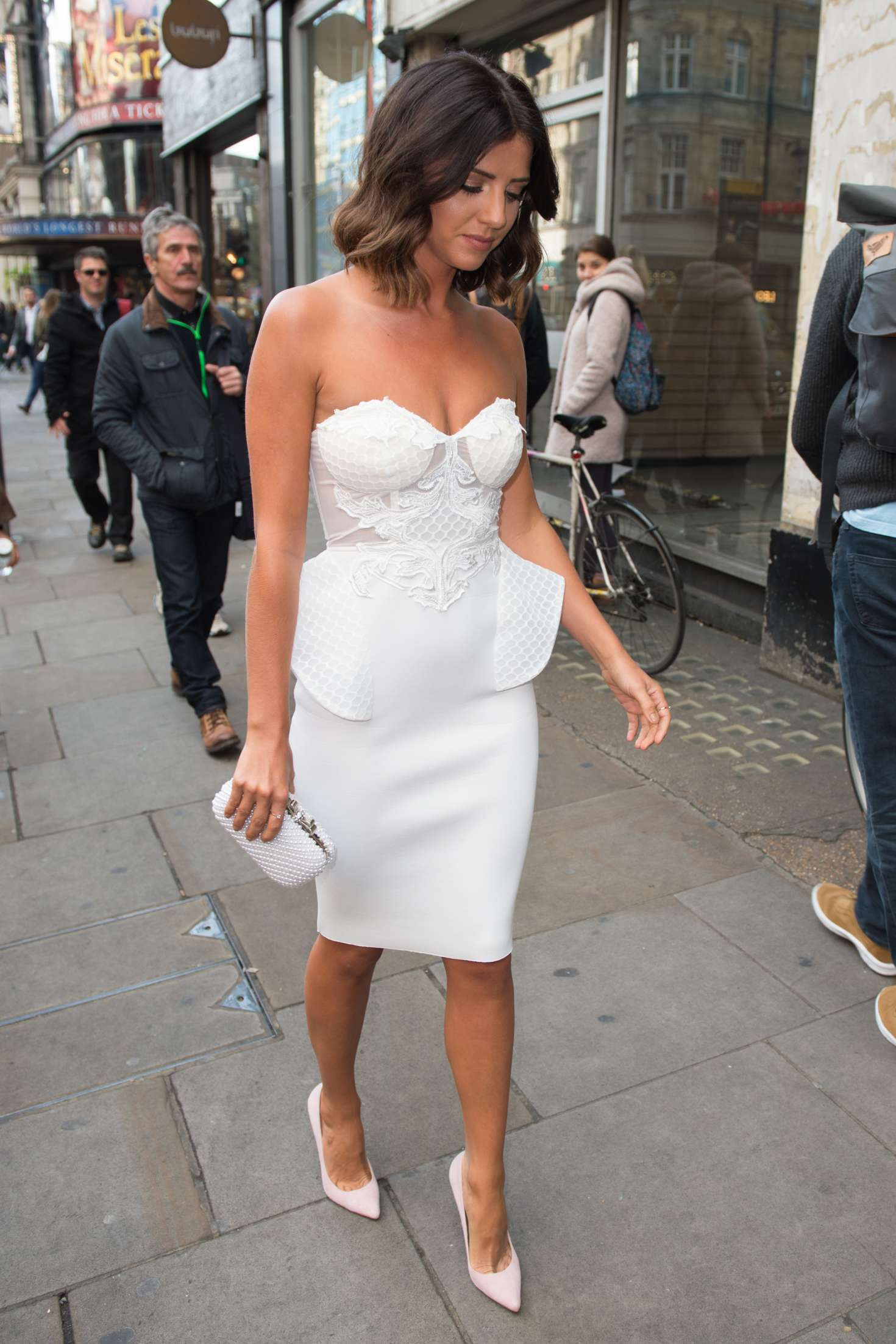 Lucy Mecklenburgh 2017 : Lucy Mecklenburgh: Boux Avenue Spring Summer 2017 Launch -06