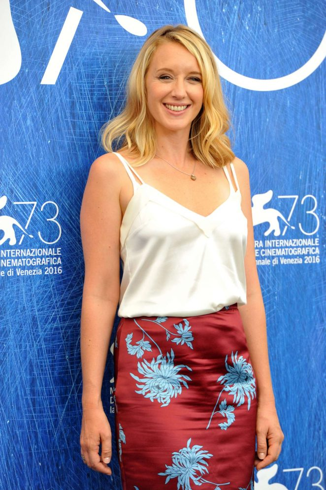 Ludivine Sagnier – 'The Young Pope' Photocall at 73rd Venice Film Festival in Italy