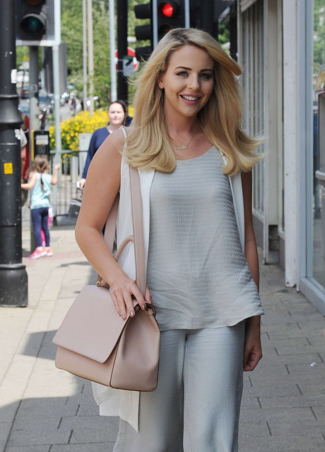 Lydia Bright - Heads to Her Shop in Loughton