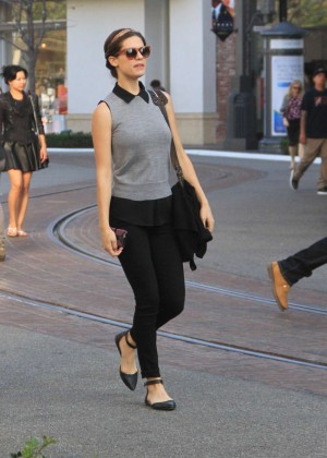 Lyndsy Fonseca - Shopping in Hollywood