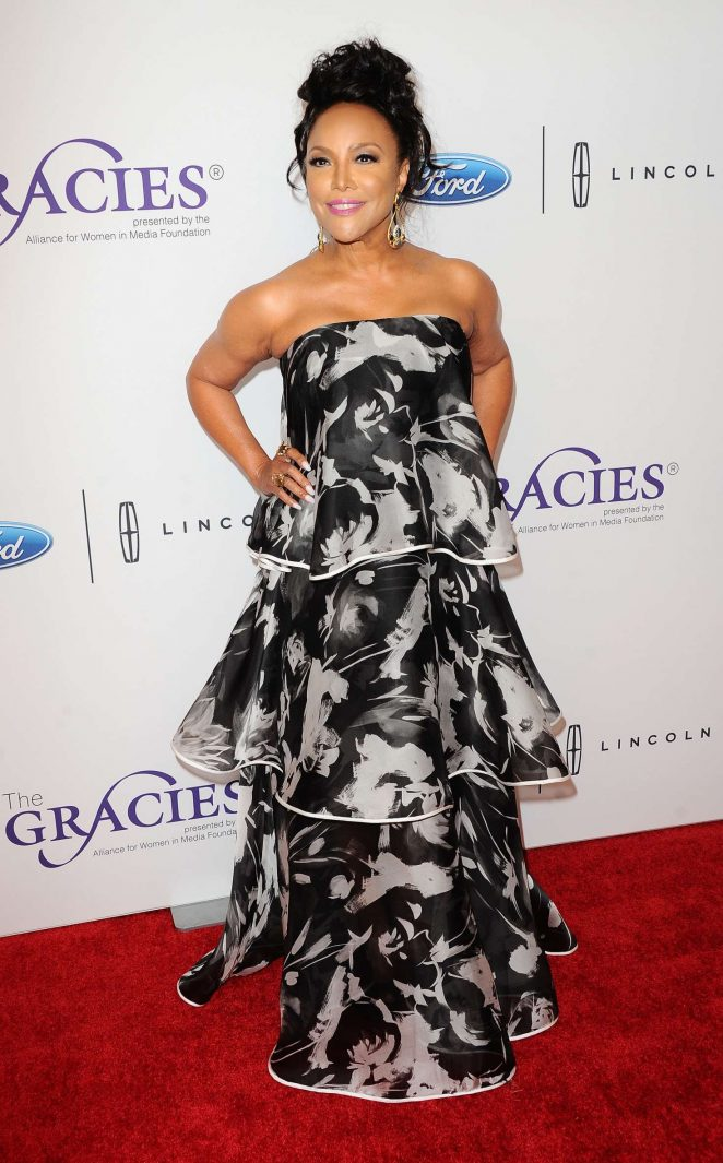 Lynn Whitfield: 2017 Gracie Awards -08