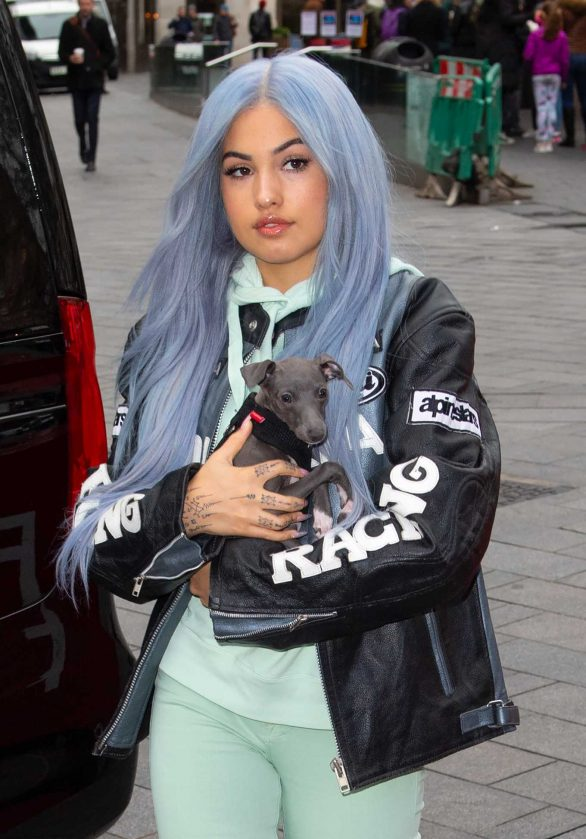 Mabel out and about in London