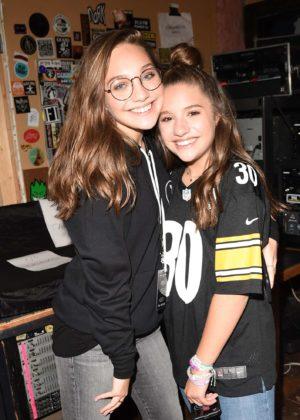 Mackenzie and Maddie Ziegler - 'Johnny Orlando & Mackenzie Ziegler In Concert' in Millvale