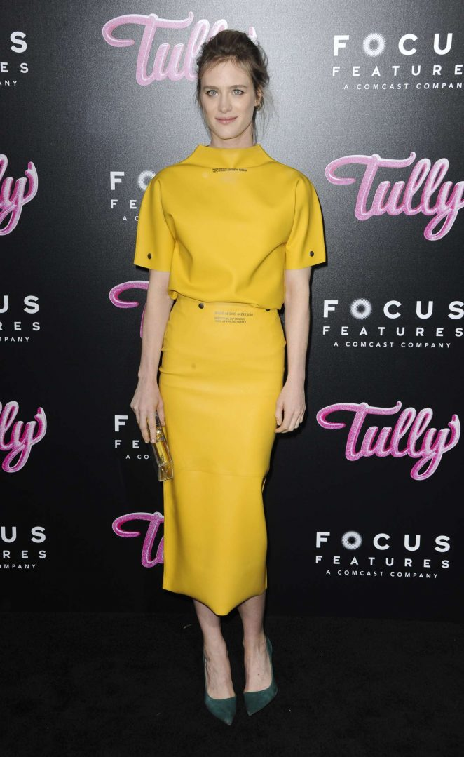 Mackenzie Davis - 'Tully' Premiere in Los Angeles