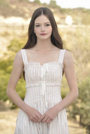 Mackenzie Foy - Black beauty photo shoot in Topanga - California