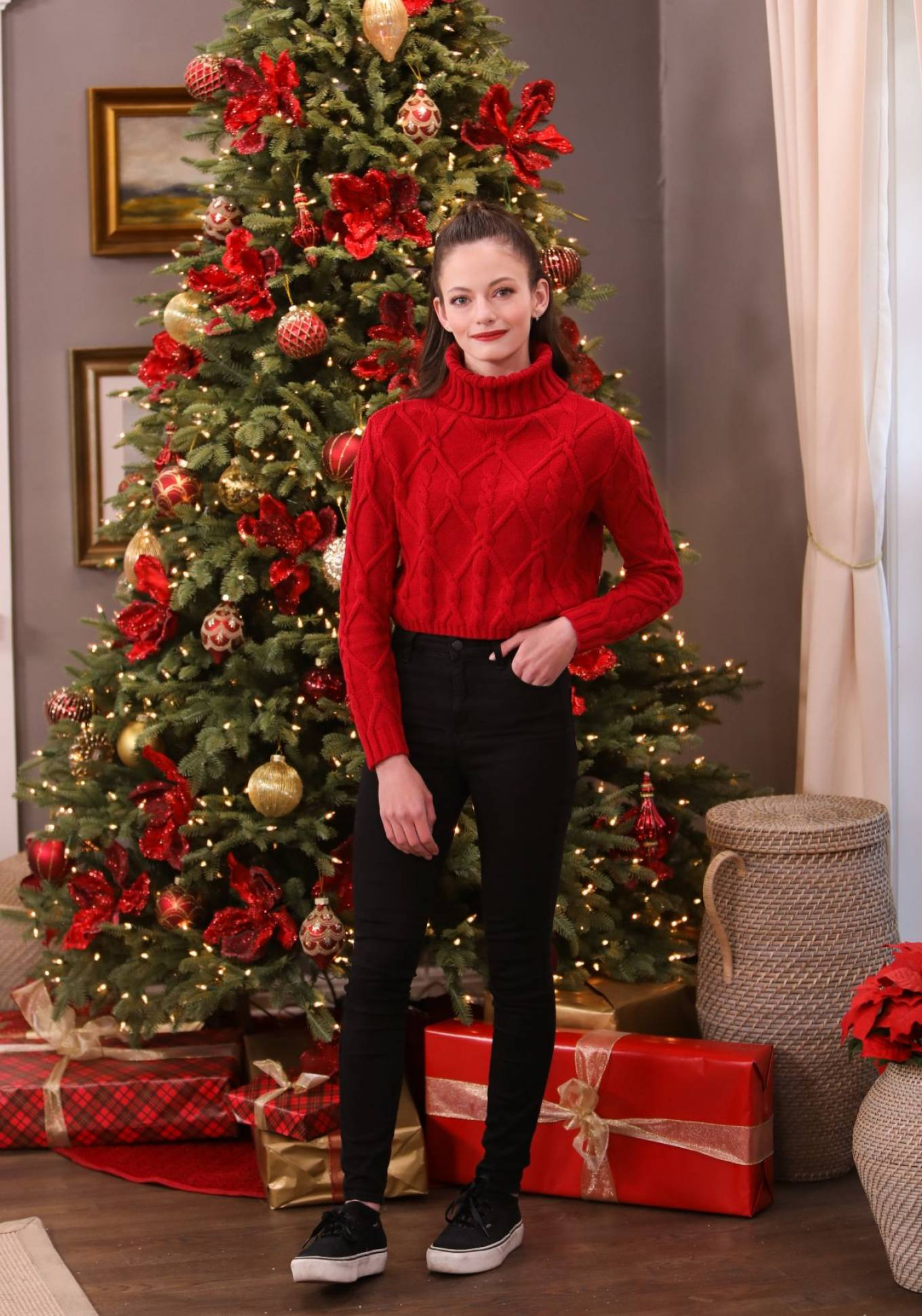 Mackenzie Foy 2020 : Mackenzie Foy – Pictured at Hallmark Channel's Home and Family -02