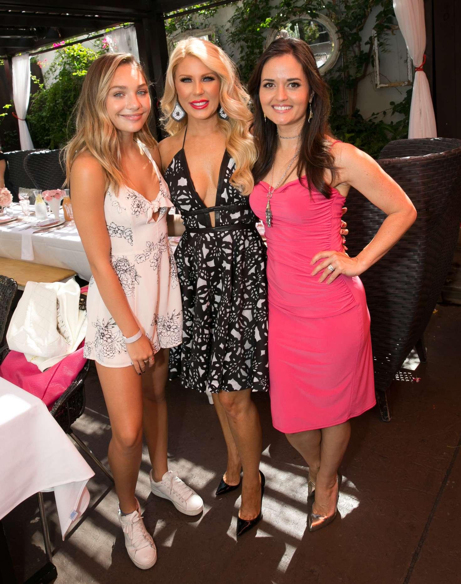 Maddie Ziegler 2018 : Maddie Ziegler and Danica McKellar: Burn Cookbook Boozy Brunch Launch -07