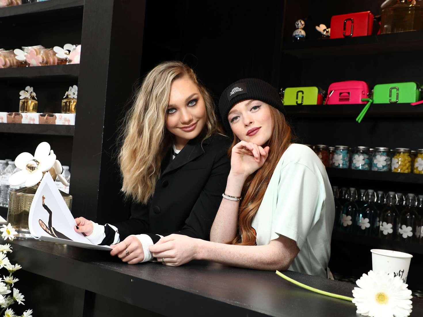 Maddie Ziegler 2018 : Maddie Ziegler: Daisy Marc Jacobs Popup Newsstand -03