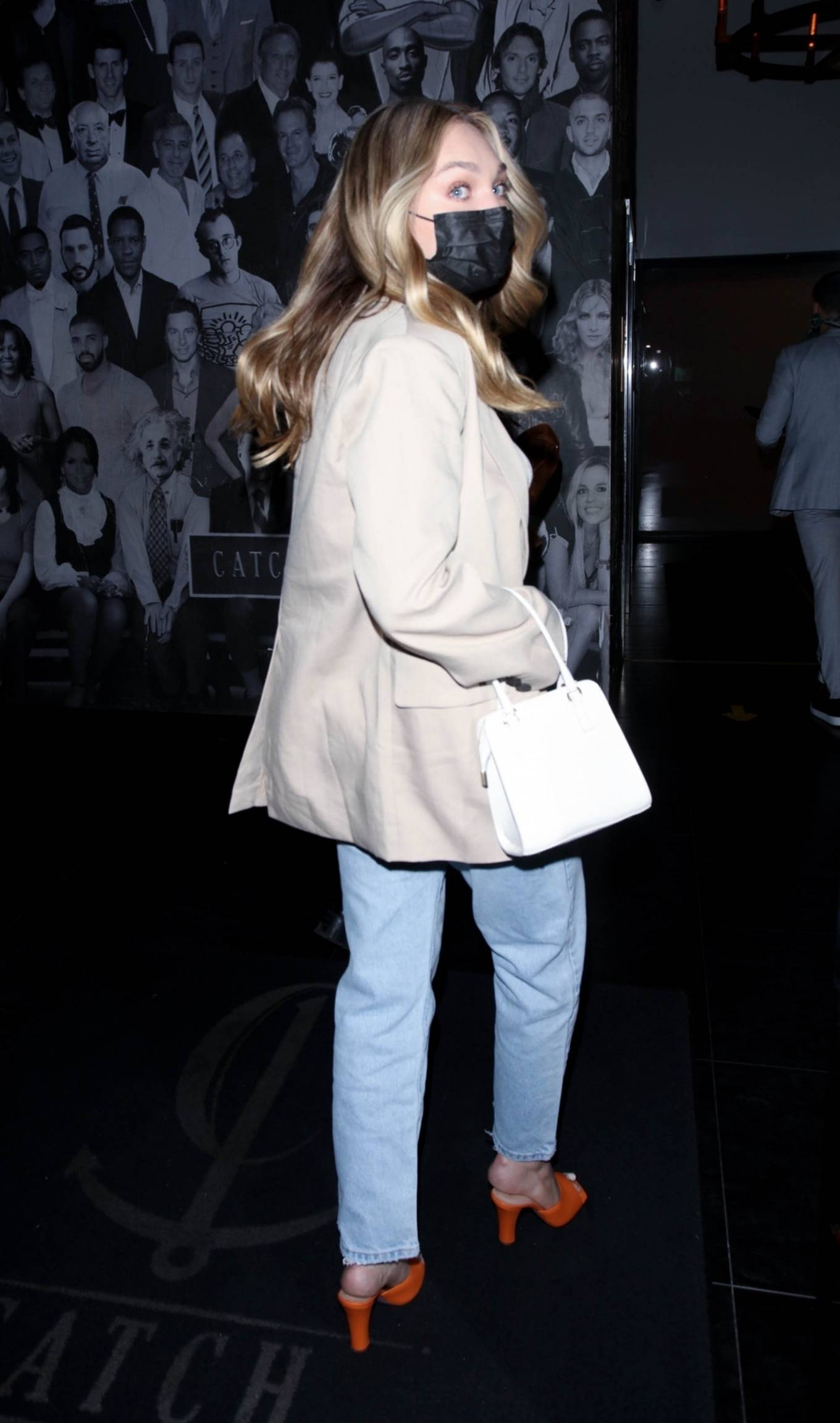 Maddie Ziegler 2021 : Maddie Ziegler – In jeans and a blazer out for dinner at Catch LA in West Hollywood-02