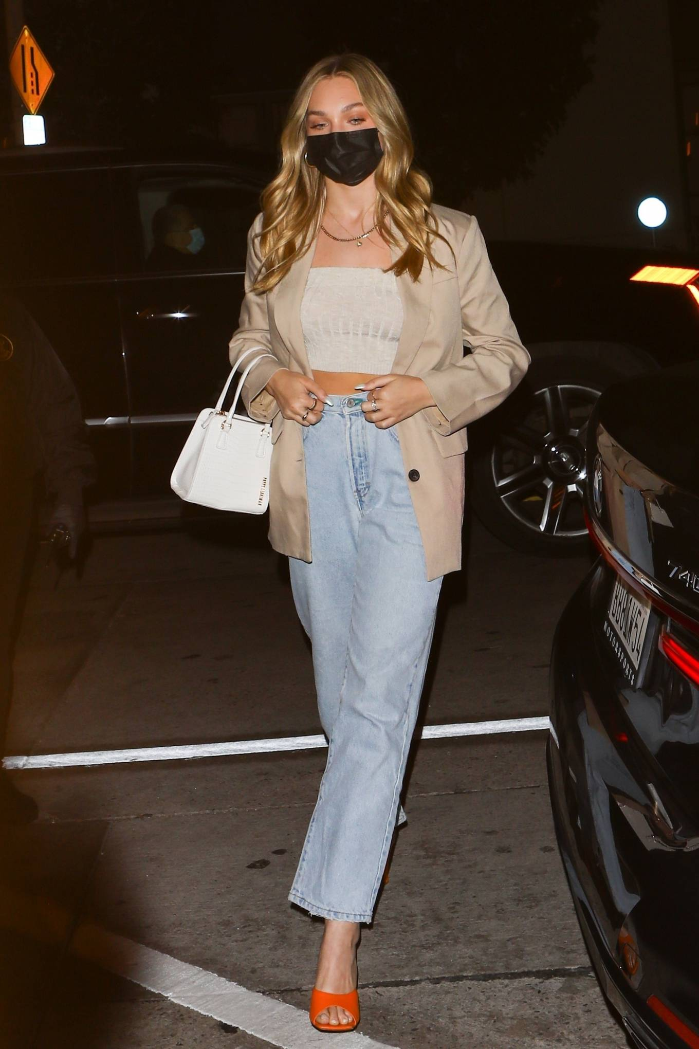 Maddie Ziegler 2021 : Maddie Ziegler – In jeans and a blazer out for dinner at Catch LA in West Hollywood-05