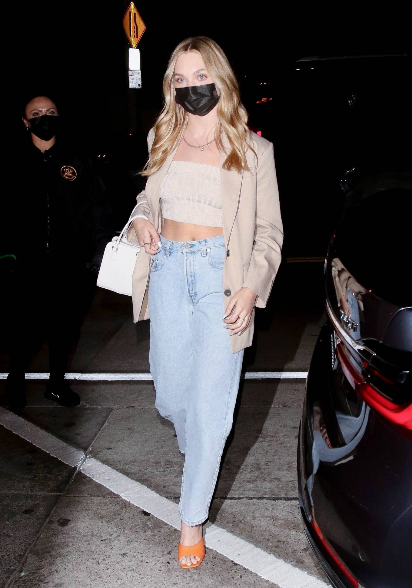 Maddie Ziegler 2021 : Maddie Ziegler – In jeans and a blazer out for dinner at Catch LA in West Hollywood-07
