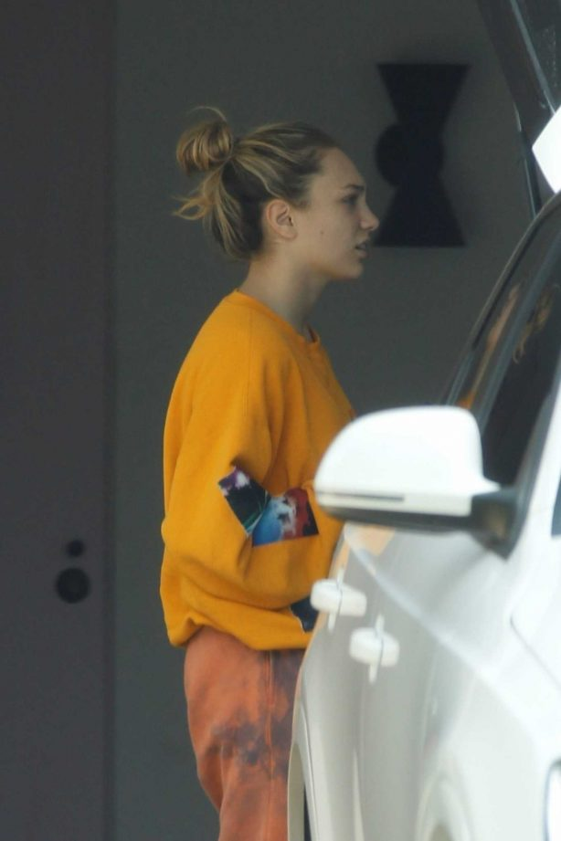 Maddie Ziegler - Out and about in Palm Springs