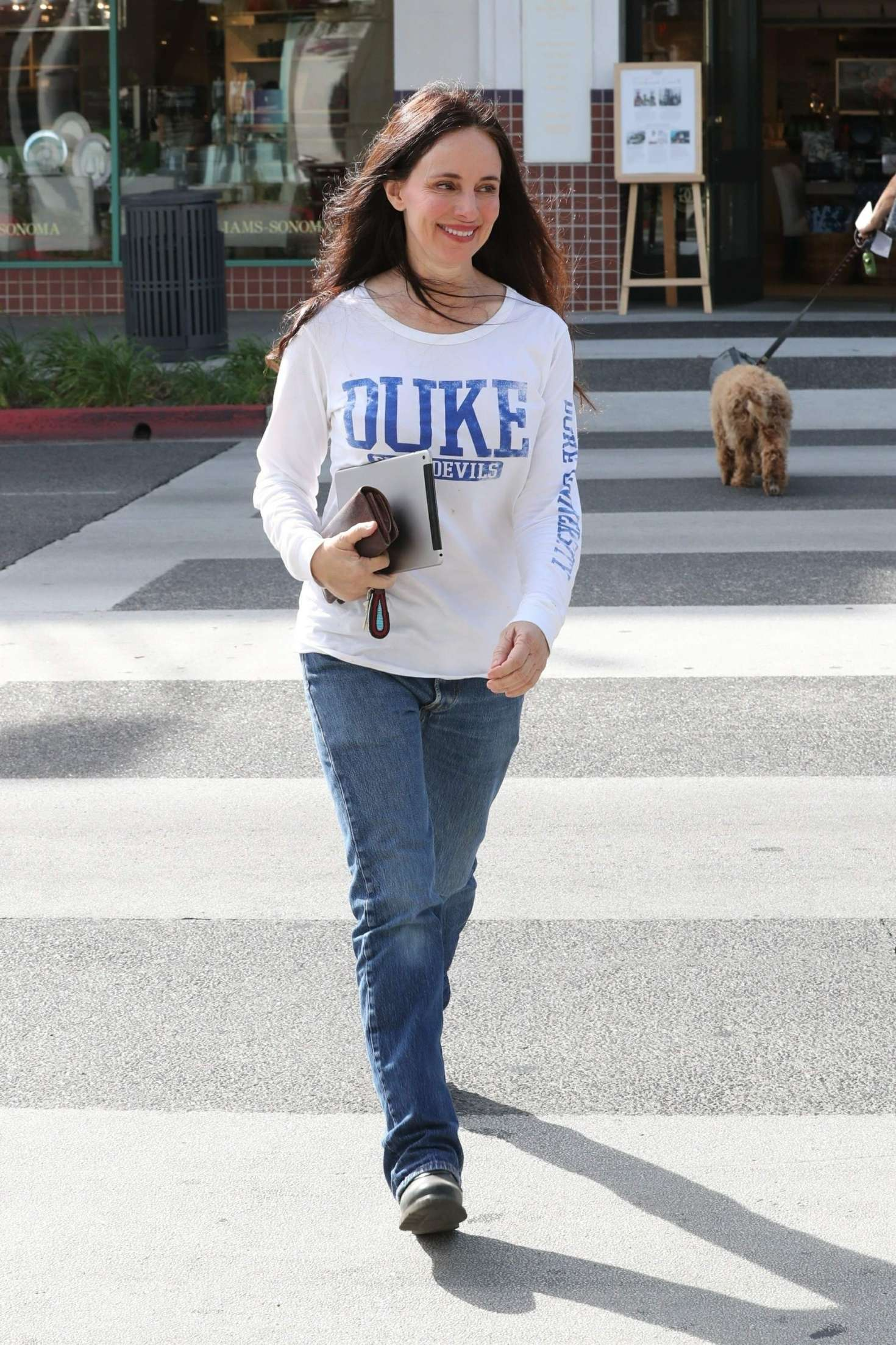 Madeleine Stowe Out in Beverly Hills -09 | GotCeleb