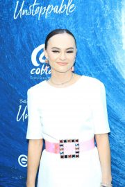 Madeline Carroll - 'Unstoppable' Premiere in Hollywood