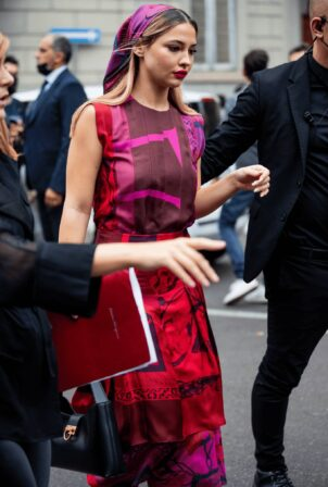 Madelyn Cline - arrives to the Salvatore Ferragamo fashion show in Milan