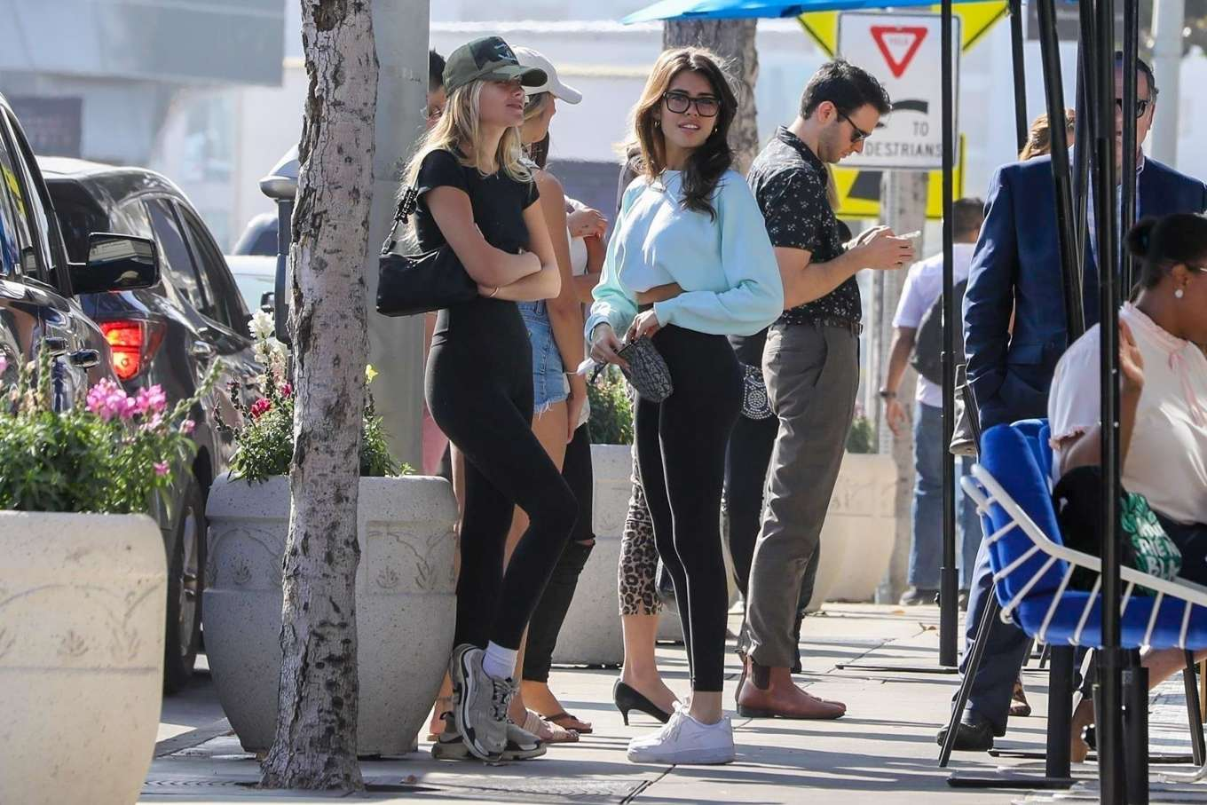 Madison Beer 2019 : Madison Beer and Isabella Jones – Out for lunch in Los Angeles-30