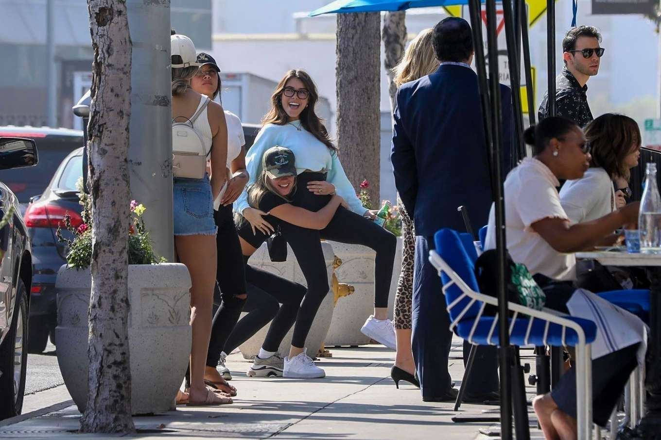 Madison Beer 2019 : Madison Beer and Isabella Jones – Out for lunch in Los Angeles-35