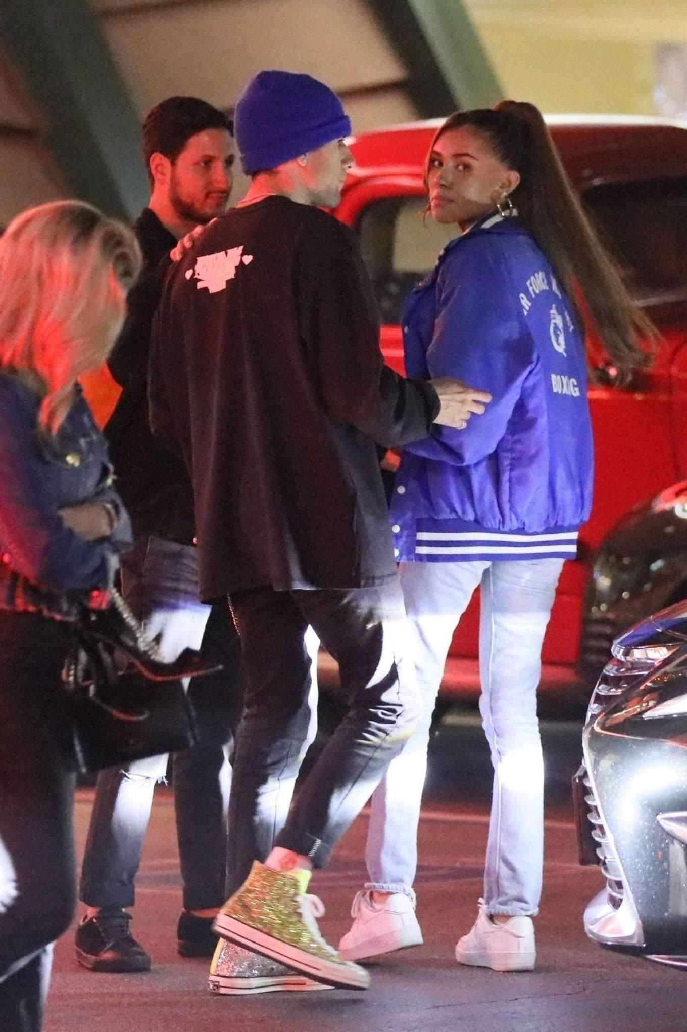 Madison Beer 2019 : Madison Beer at Mels Diner with friends-13
